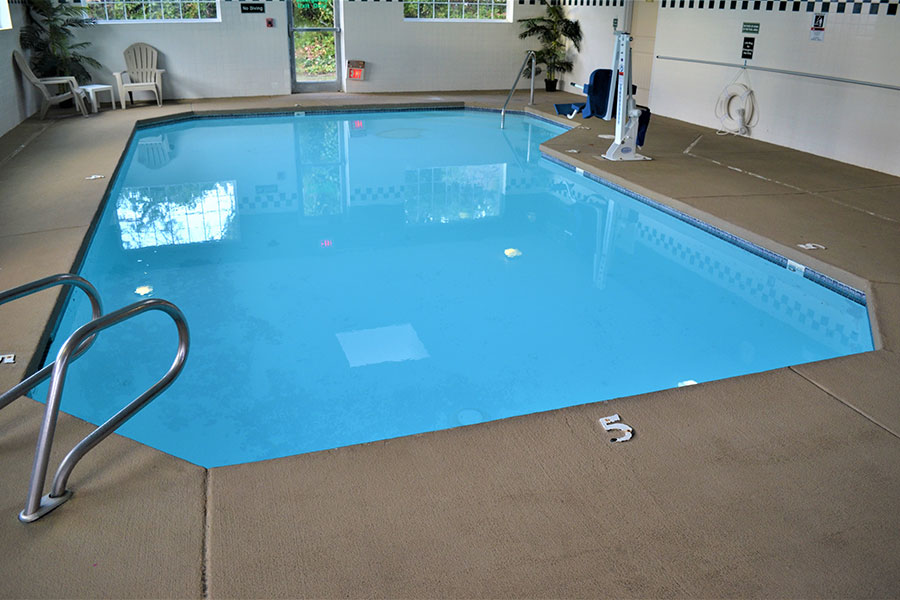 indoor pool with pool lift